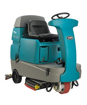 Tennant T7+ (Battery) Ride-on Floor Scrubber Dryer