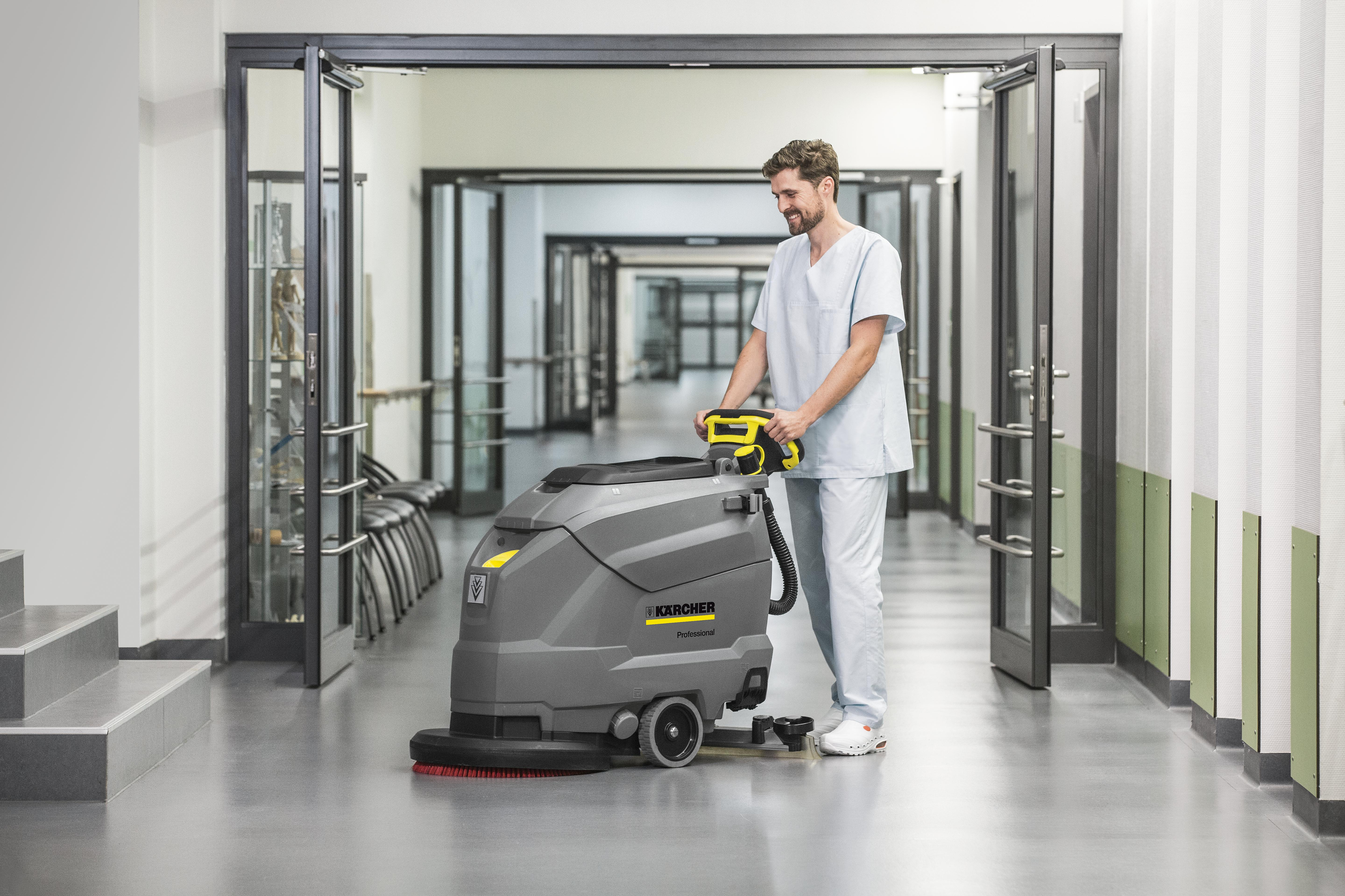 Karcher Bd 43 25 C Bp Battery Floor Scrubber Dryer Hire