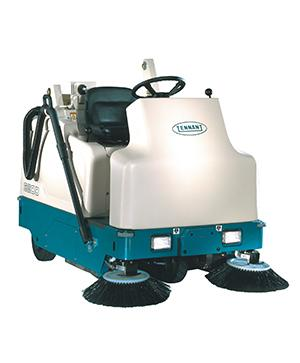 Tennant 6200 (Battery) Ride-on Floor Sweeper