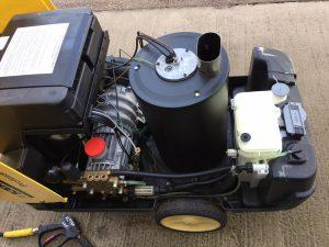 Ex-Hire Karcher HDS 645-4M (240v) Hot Water Pressure Washer inside view