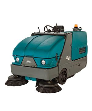 Tennant S20 Compact (LPG/Diesel) Ride-on Sweeper