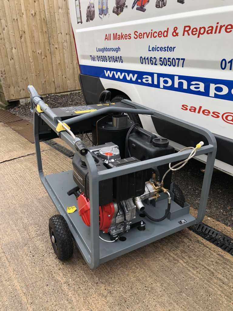 Ex-Demonstration Karcher HDS 801 D (Diesel) Engine Driven Hot Water Pressure Washer