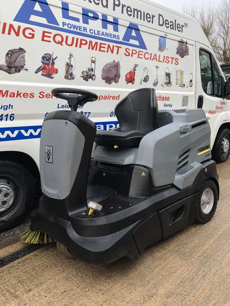 Ex-Hire Karcher KM 90/60 R P Advanced (LPG) Ride on Floor Sweeper